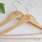 Сватбена закачалка с надпис по поръчка
