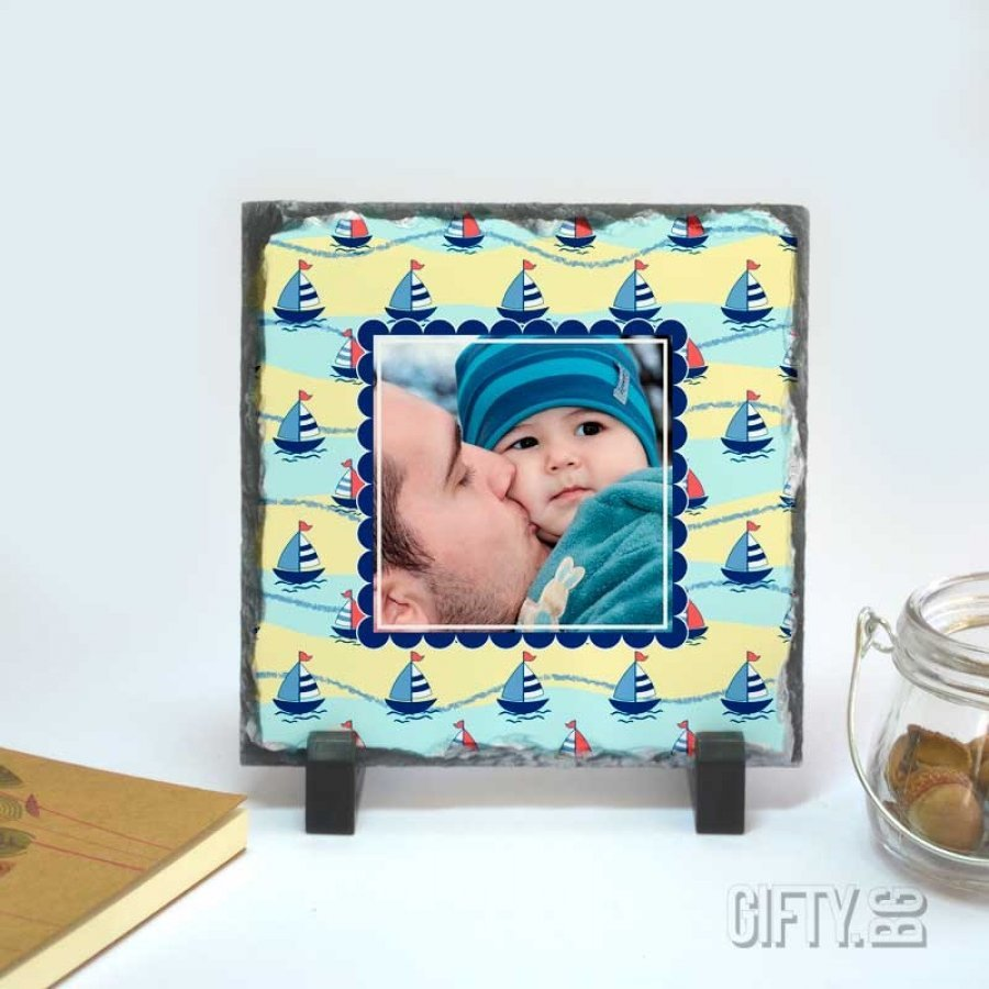 Фоторамка отпечатана върху камък с ваша снимка за подарък в Gifty.BG
